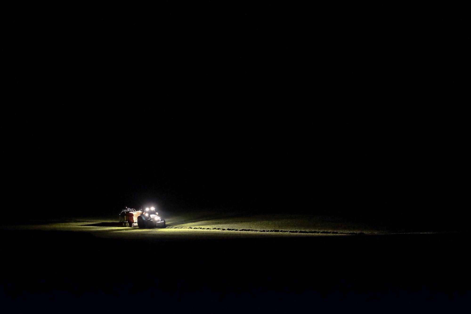 "2nd Prize in photo contest ""Gantrisch park by night"" | Time.Captured."